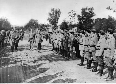 Exercises of the Związek Strzelecki (Polish Riflemen's Association) in Zakopane, 1913 (from Narodowe Archiwum Cyfrowe NAC/ NDA archive, reference no. 22-100-4)