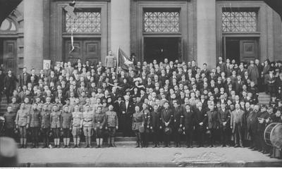 Grupa ochotników do Armii Polskiej we Francji rekrutowana spośród amerykańskiej Polonii (ze zbiorów NAC, sygn. 1-H-288)