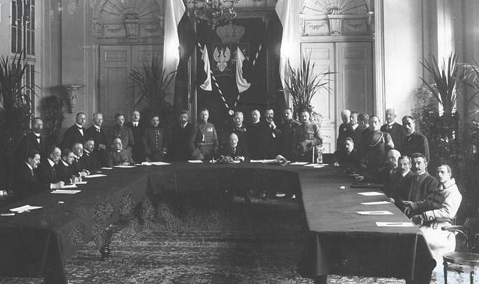 Posiedzenie inauguracyjne Tymczasowej Rady Stanu (domena publiczna)