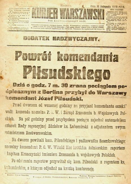 Fragment artykułu z Kurjera Warszawskiego informujący o przybyciu Józefa Piłsudskiego (domena publiczna)
