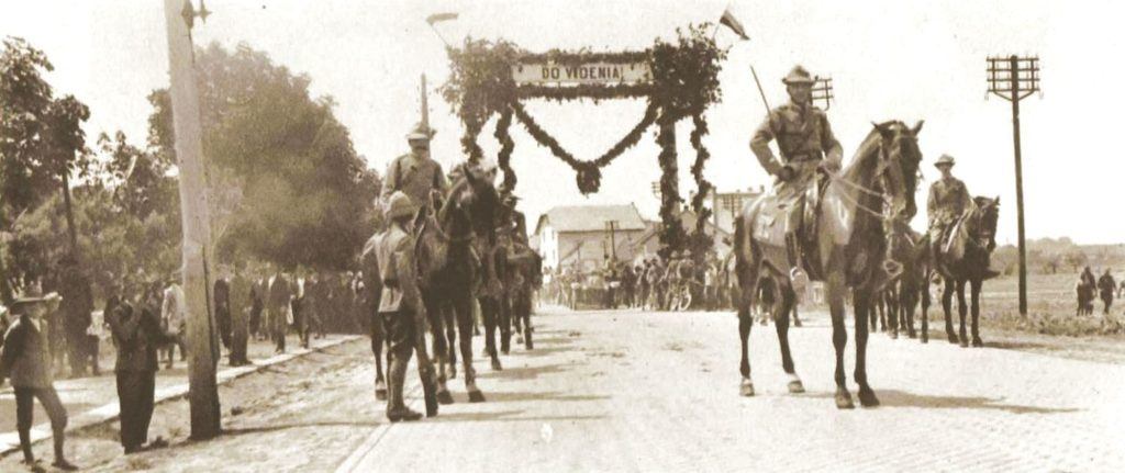 Czescy żołnierze w czasie walk o Śląsk Cieszyński (domena publiczna)