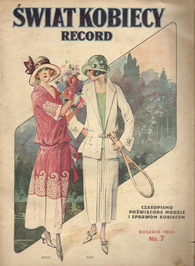 panie w strojach do gry w tenisa