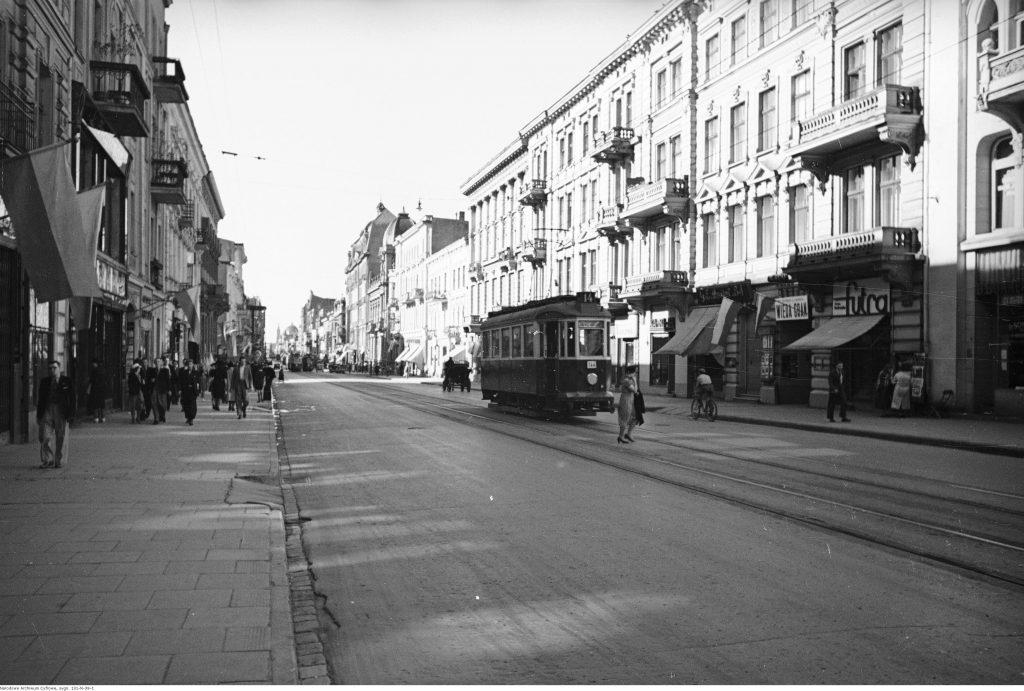 Ulica Piotrkowska w Łodzi w 1939 roku , fot. Narodowe Archiwum Cyfrowe