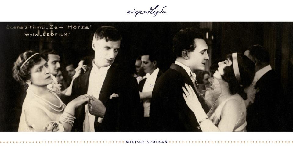 baner z kadrem z czarno-białego filmu z dwoma tańcącymi parami