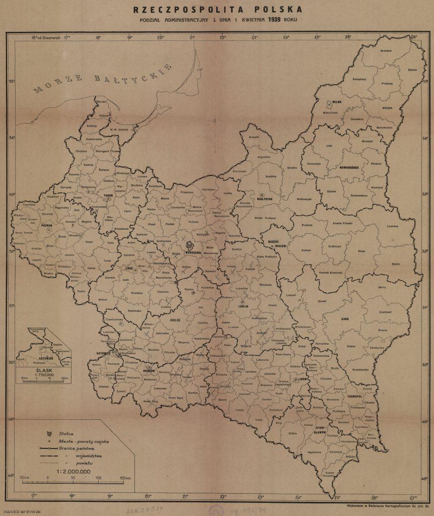 mapa polski z zaznaczonymi konturami jednostek administracyjnych