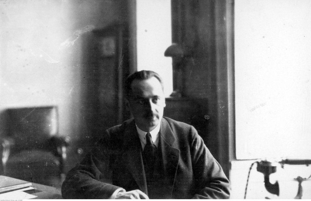 Leopold Skulski, premier. Fotografia portretowa.