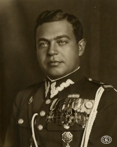 zdjęcie portretowe wojskowego