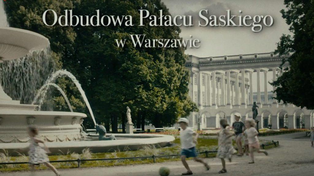 klatka ze spotu z wizualizacją kolumnady z grobem nieznanego żołnierza od strony parsku saskiego, na pierwszym planie bawiące się dzieci